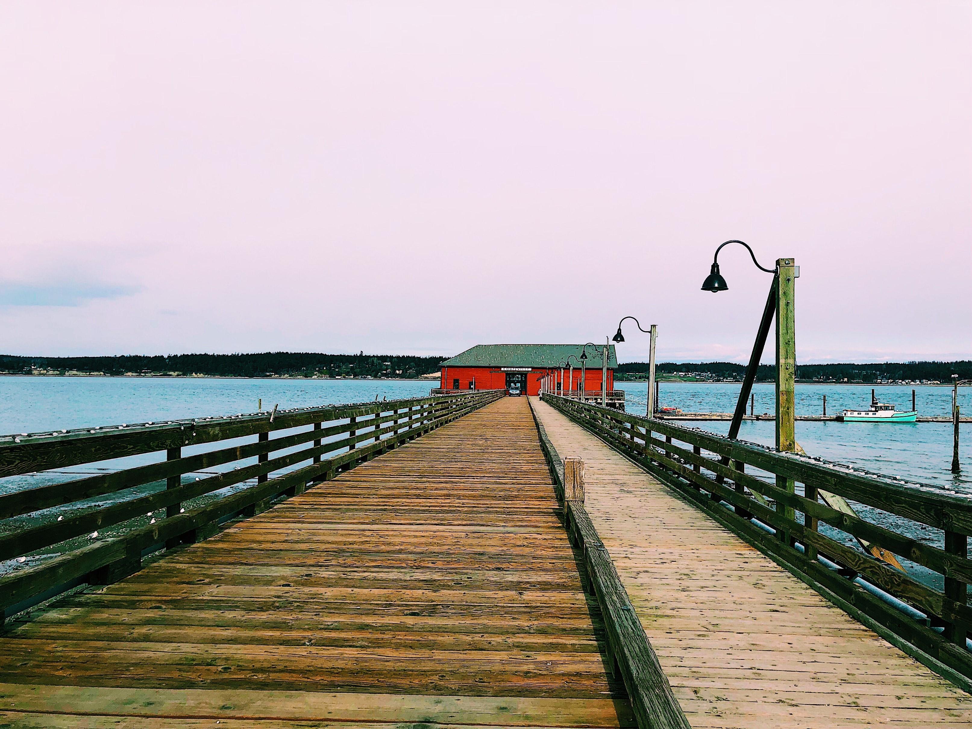 Coupeville warf, Red Barn, Ocean