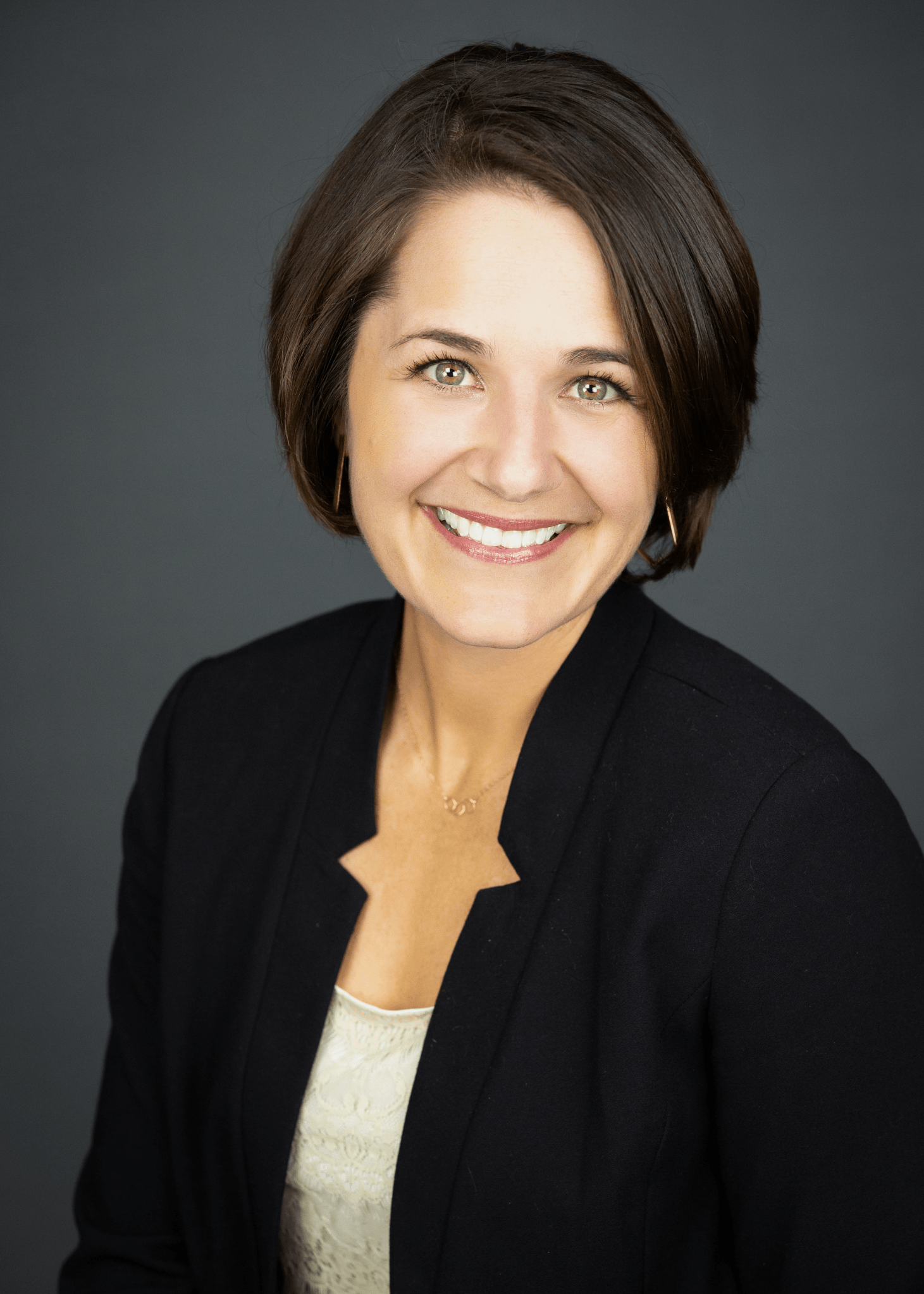 Kristen Stavros, Windermere, Real estate, whidbey island, oak harbor, trusted agent, homes, buy, sell, invest